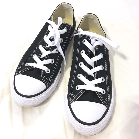 afb28642748f50 Converse Shoes - CONVERSE Black Classic Chucks Youth Size 2.5